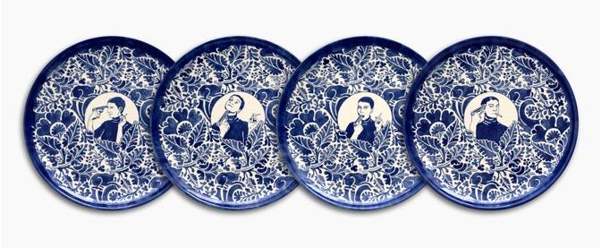 Dana Widawski · Self Made I–IV · 2016 · Tellerserie 1/5 · Unterglasurmalerei auf Keramik